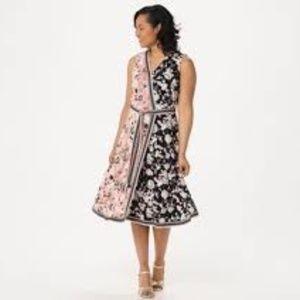 NWOT Isaac Mizrahi wrap dress, size M.
